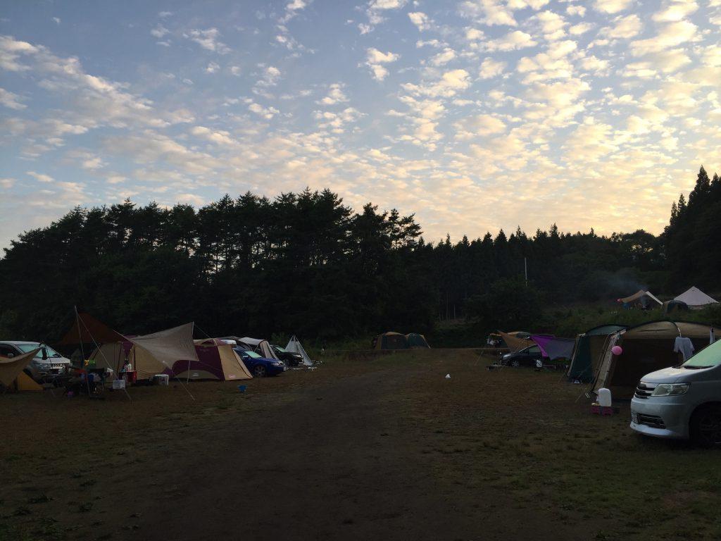 皇海山キャンプフォレスト 朝