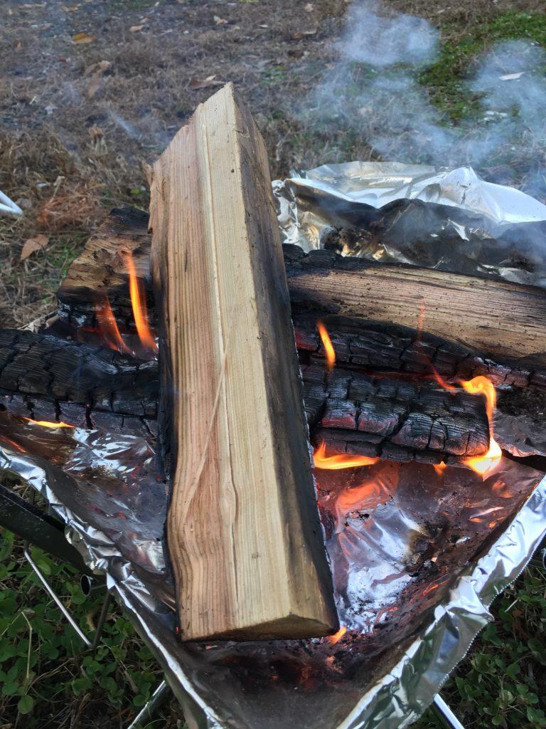 都留戸沢の森 和みの里キャンプ場 焚き火