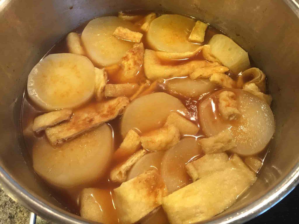 大根の煮付け 調味料を入れる