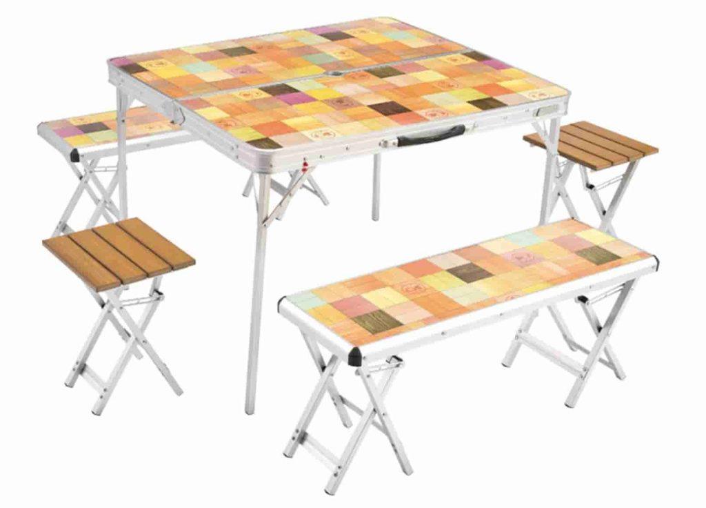 テーブルとチェア ハイスタイル