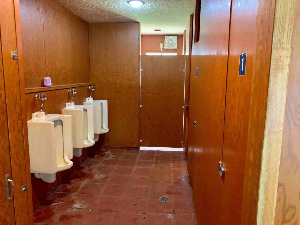 斑尾高原キャンピングパーク チロルエリア トイレ