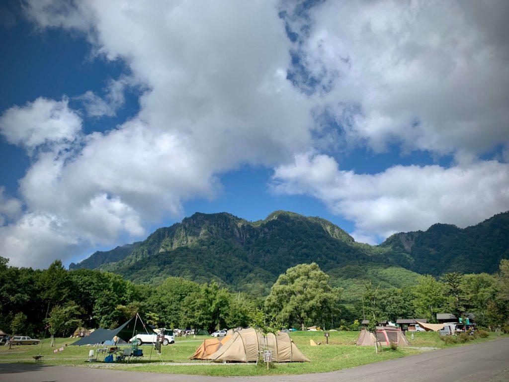 ファミリーキャンプ 戸隠キャンプ場