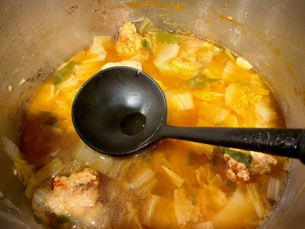 余った野菜で鍋